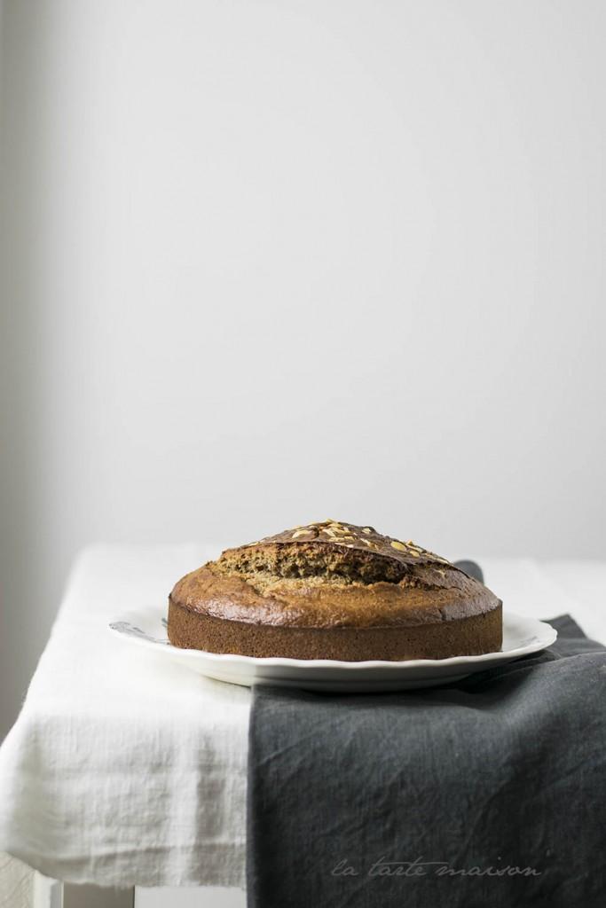 Torta con farina di castagne e nocciole