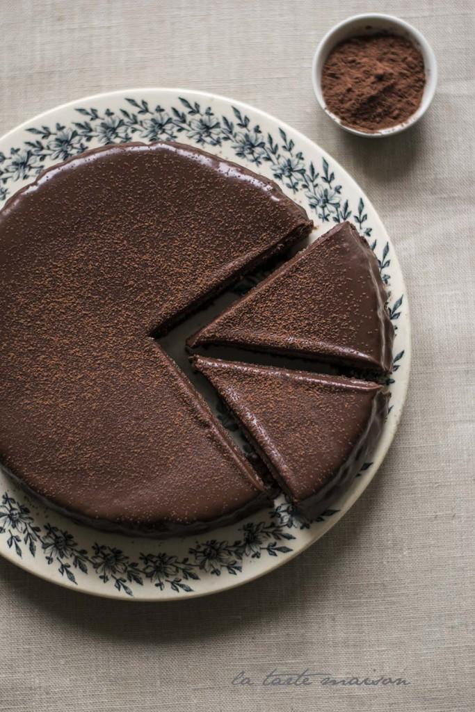 Torta tutto cioccolato