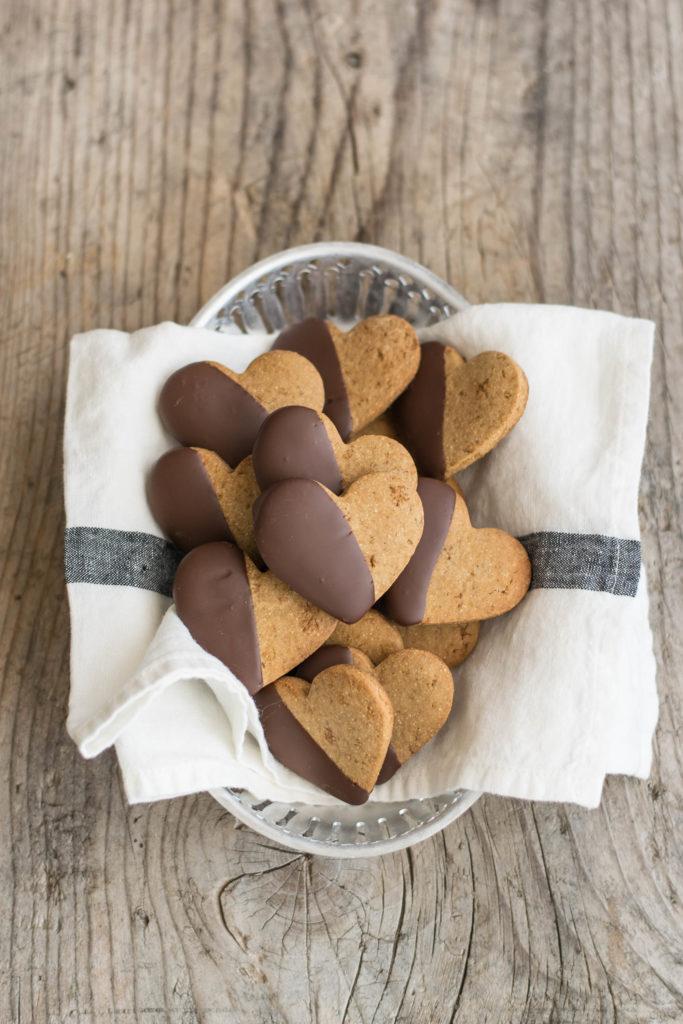 Biscotti farina di castagne e cioccolato