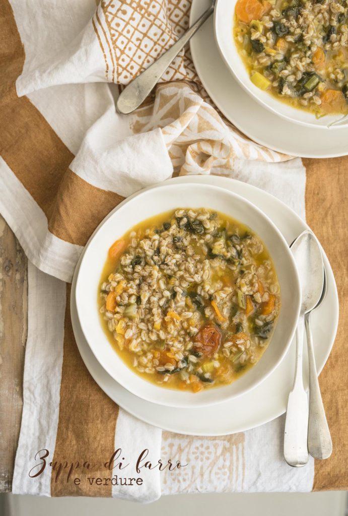 Zuppa di farro e verdure_