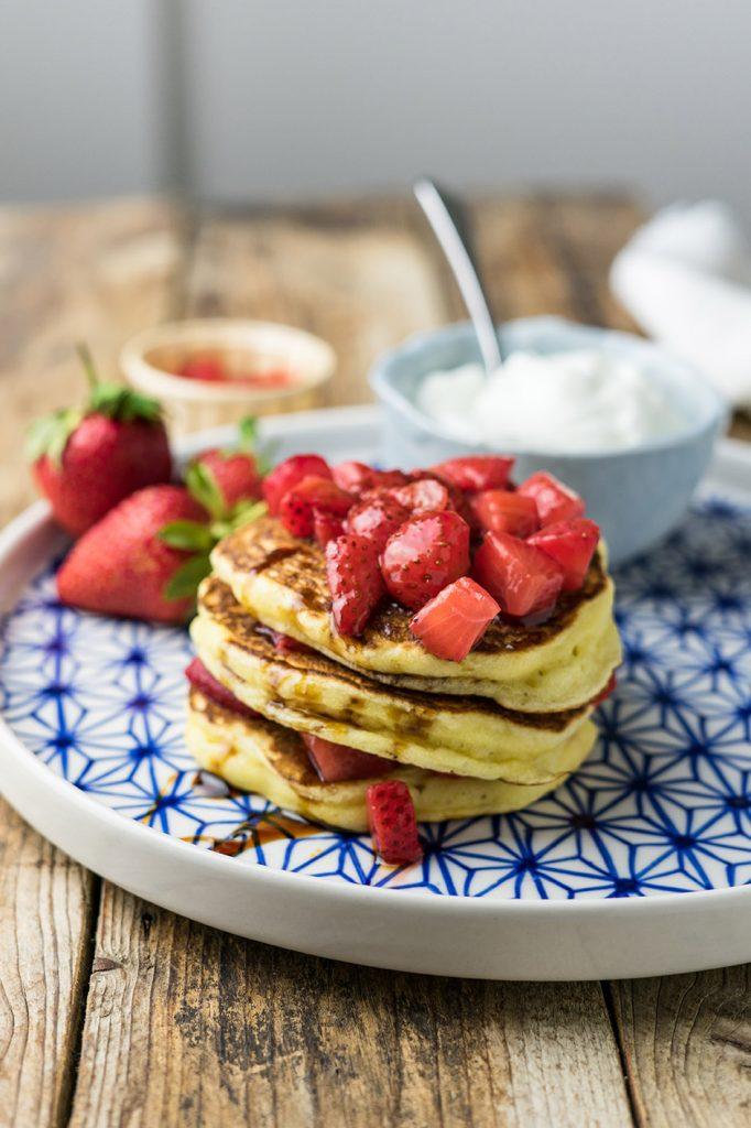pancake tradizionali con fragole