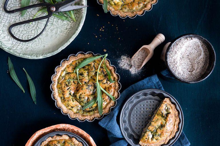 Tartellette al grano saraceno e stridoli