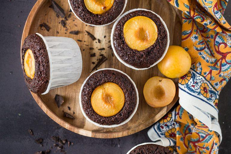 Muffin cioccolato, mandorle e susine